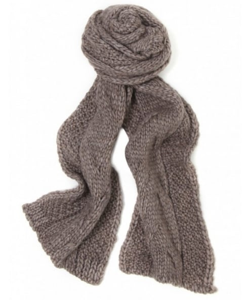 Gebeana Cable Knit Scarf