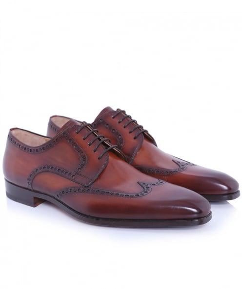 Magnanni Leather Wing-Tip Shoes