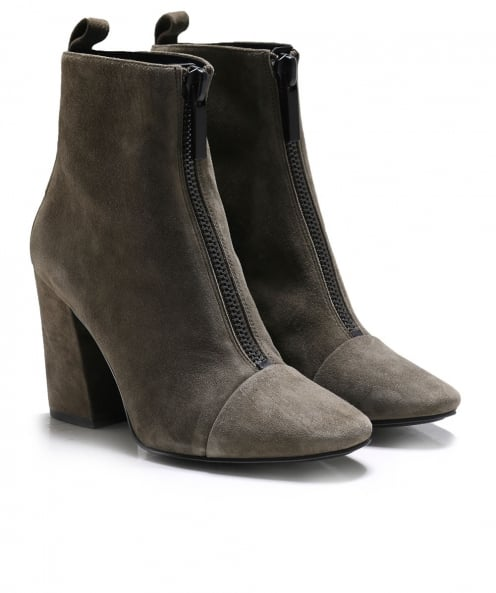 Kendall and Kylie Shoes Suede Raquel Chelsea Boots