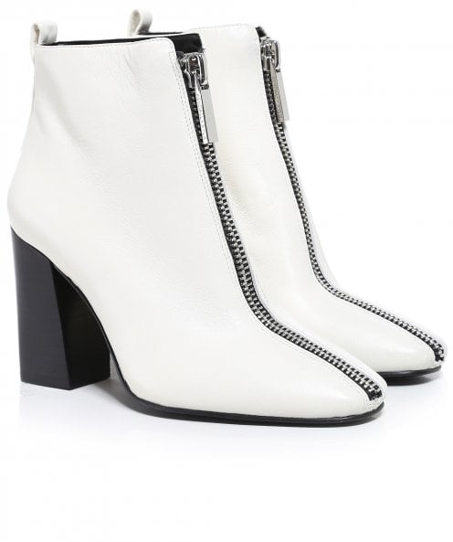 Kendall and Kylie Shoes Leather Reagan Chelsea Boots