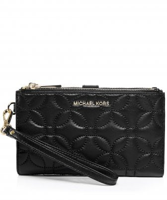 4f8df11c99143 MICHAEL Michael Kors Women s Leather Quilted Smartphone Wristlet