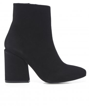 Kendall and Kylie Shoes Women's Suede Nova Ankle Boots